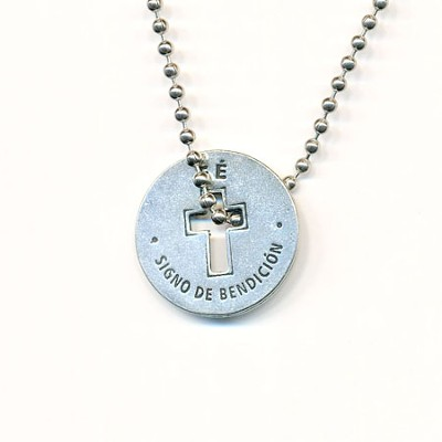Faith Necklace Spanish  -