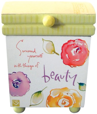 Beauty Mini Box  -     By: Kathy Davis