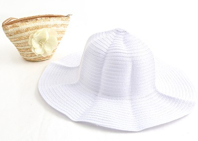 Sun Hat in Straw Bag, White   -