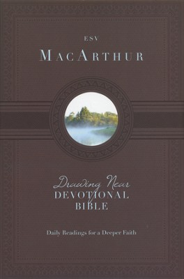 MacArthur Drawing Near Devotional Bible  -