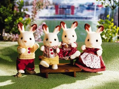Calico Critters Hopscotch Rabbit Family  -
