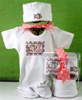God Saw All He Made Newborn Set, Pink