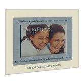 An Extraordinary Mom Photo Frame