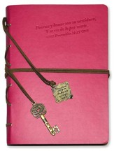 Ella Esta Vestida en Fuerza y Dignidad, Diario con Dije  (She is Clothed in Strength and Dignity, Journal with Charm)