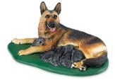 Best in Show: German Shepherd with Puppies