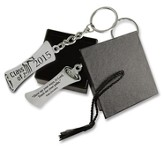 2015 Graduation Keyring with Cap Box