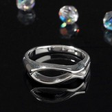 Horizontal Open Fish Ring, Size 8
