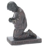 Young Boy, Prayer Figurinei