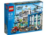 LEGO ® City Police Station