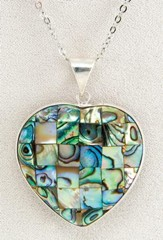 Mosaic Heart, Wild Pearle Necklace