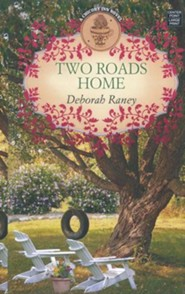Two Roads Home: A Chicory Inn Novel, Large Print