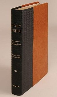 Old Scofield Study Bible-KJV-Standard, Bonded Leather, Black/Acorn  -     By: Oxford University Press