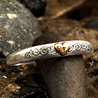 <sub>heart & cross ring</sub>