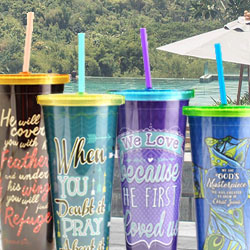 Cups & Tumblers with Straws