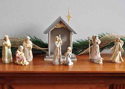 Karen Hahn nativity