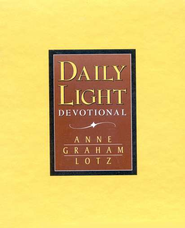 Daily Light Devotional (NKJV), Bonded Leather, Saddle Brown  -     By: Anne Graham Lotz