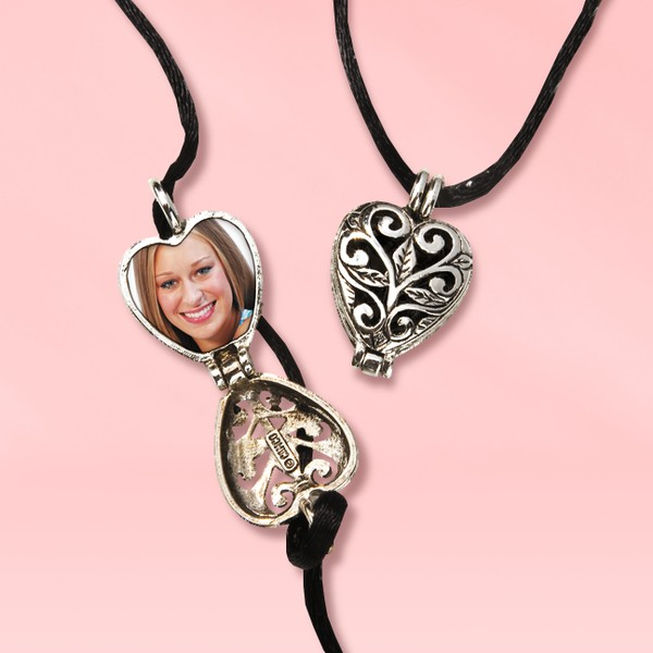 Sisters Heart Prayer Locket Set
