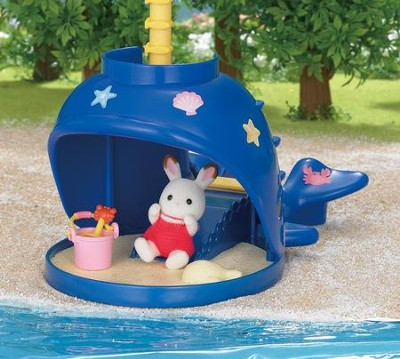 Calico Critters Splash and Play Whale  -