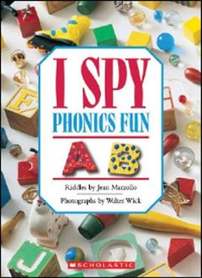I Spy Little Toys  -     By: Jean Marzollo     Illustrated By: Walter Wick