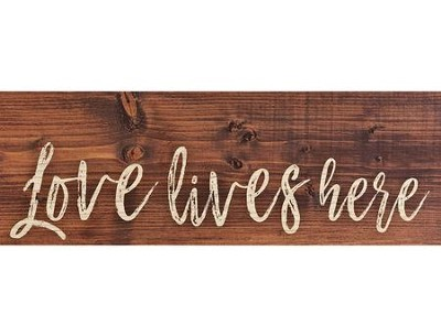 Love Lives Here, Plank Decor   -