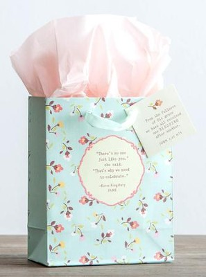 Fame Small Gift Bag  -     By: Karen Kingsbury