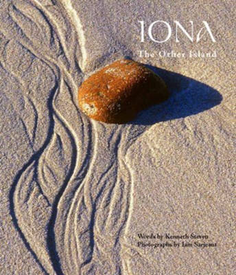 Iona: The Other Island  -     By: Kenneth Steven