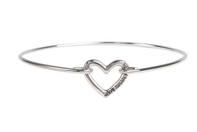 Love Never Fails Heart Bracelet  -
