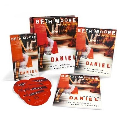 Daniel: Lives of Integrity, Words of Prophecy, DVD Leader Kit   -     By: Beth Moore