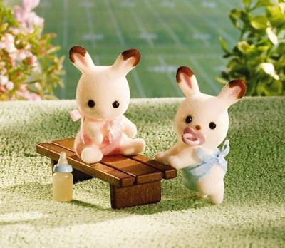 Calico Critters Hopscotch Rabbit Twins  -