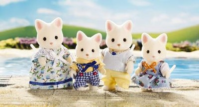 Calico Critters Silk Cat Family  -