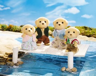 Calico Critters Yellow Labrador Family  -