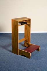 Folding Kneeler, Hardwood Maple with Pecan Finish