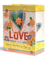 Love Never Gives Up Gift Bag, Medium