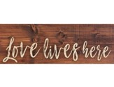 Love Lives Here, Plank Decor
