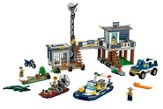 LEGO ® City Swamp Police Station
