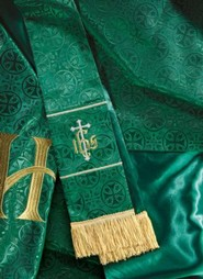 Maltese Jacquard Parament Set of 3, Green (Holy, Holy, Holy)