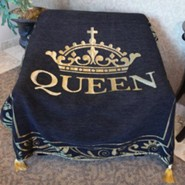 Queen Tapestry Throw, Black and Gold