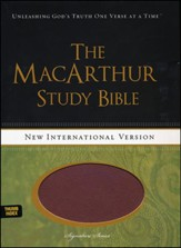 NIV MacArthur Study Bible--soft leather-look, auburn/black (indexed)