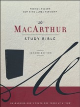 NKJV MacArthur Study Bible, Comfort Print--soft leather-look, black