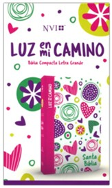 NVI Biblia Luz en mi camino (NVI Light in My Way Bible, soft leather-look, hearts)