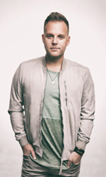 Matthew West: Featured Artist