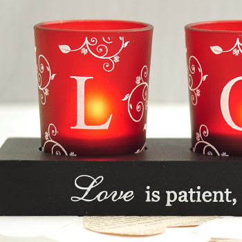 Romantic Red Votive LOVE Set