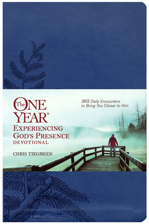 The One Year Experiencing God's Presence Devotional Leatherlike: 365 Daily Encounters to Bring You Closer to Him