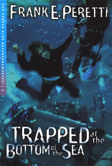 The Cooper Kids Adventure Series #4: Trapped at the Bottom  of the Sea